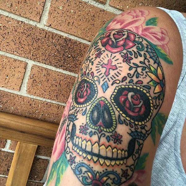 b8a754c4af6f3 It represents that after a beautiful life comes the ugly truth of death. This  sugar skull tattoo is suitable for those who are struggling to accept the  ...