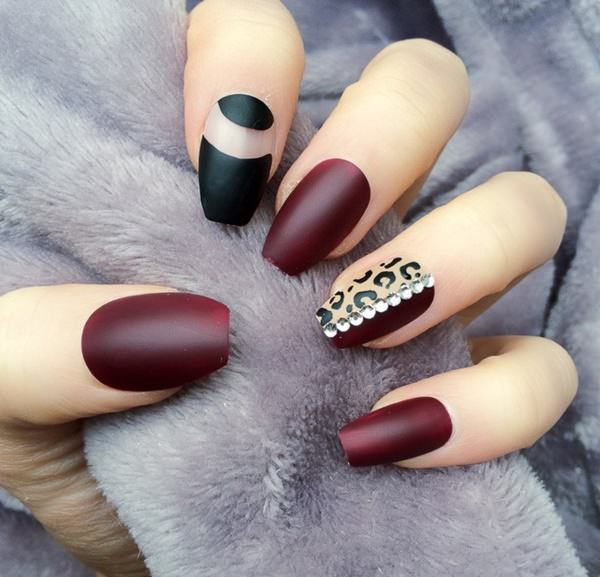 Nude And White Nail Designs