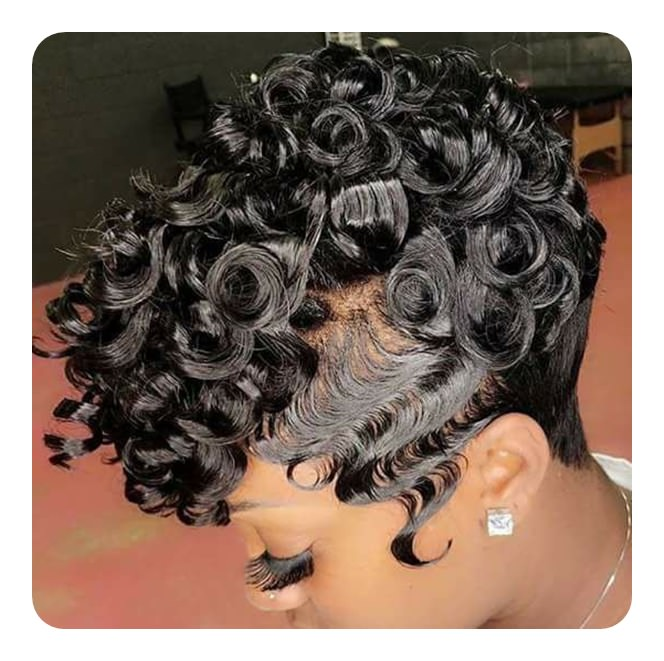 Curls In Black Hair Are Marvellous Firstly Form The Finger Wave Then Make Out Of It