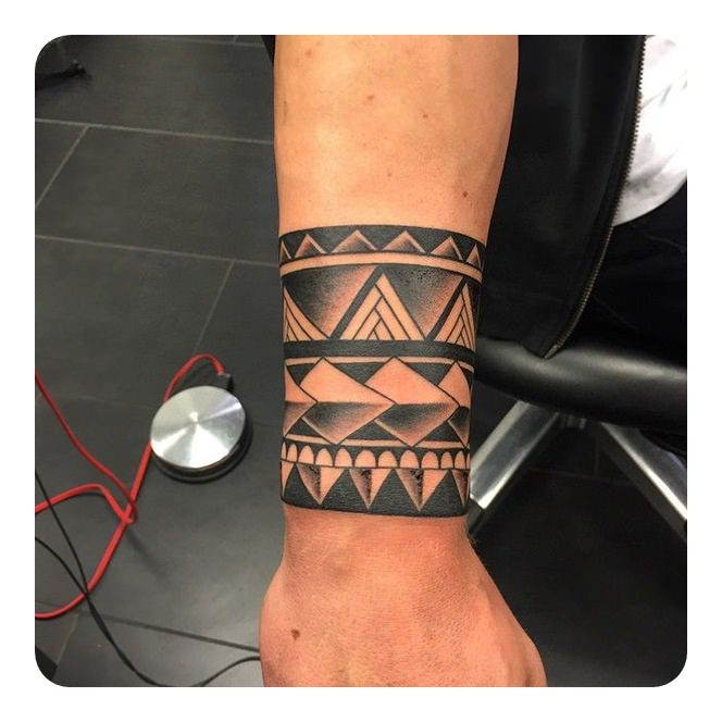 762300c9ee3be The triangle shape- the entire make of the Celtic Knot design revolves  around that. And then makes a great tribal armband tattoo.